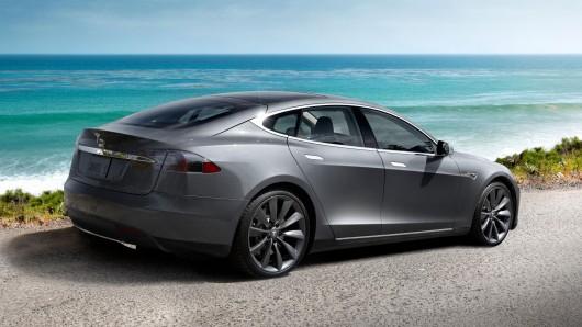 Tesla Lanceert In 2017 Goedkopere Versie Van Elektrische Wagen